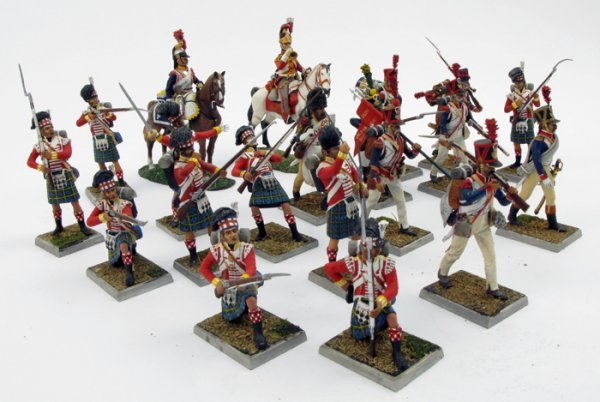8: A COLLECTION OF TWENTY-TWO MINIATURE NAPOLEONIC  MIL