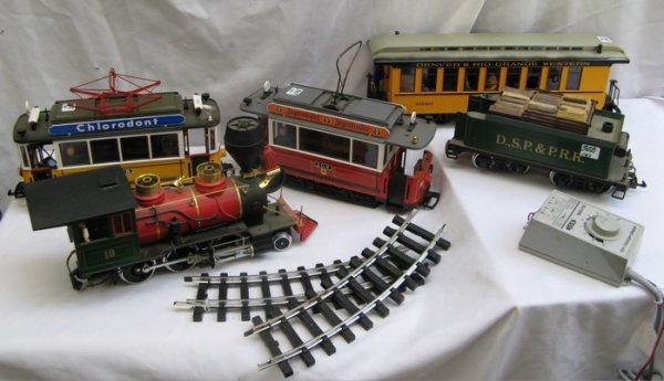 """302: SIX PIECES LGB: """"G"""" scale red and green  locomotiv"""