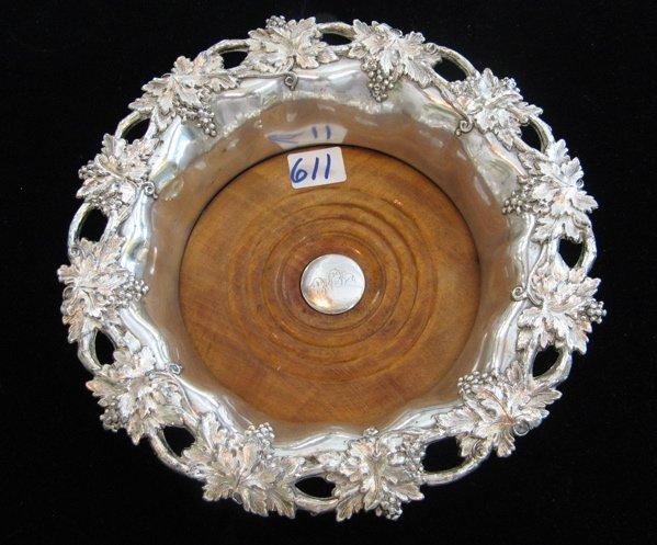 611: AN ENGLISH SHEFFIELD 19TH CENTURY WINE COASTER,  i
