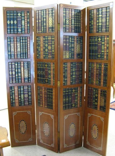 """623: FEDERAL-STYLE MAHOGANY """"BOOKCASE"""" SCREEN.  The  fo"""