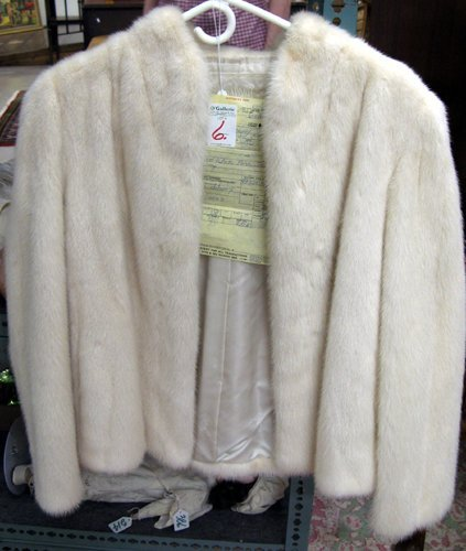 6: A WHITE MINK JACKET, bleached, from Norway with whi