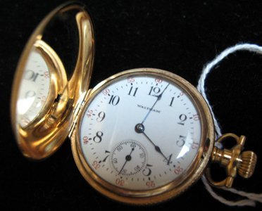 2: GOLD POCKET WATCH, American Waltham Watch Co.,  mode