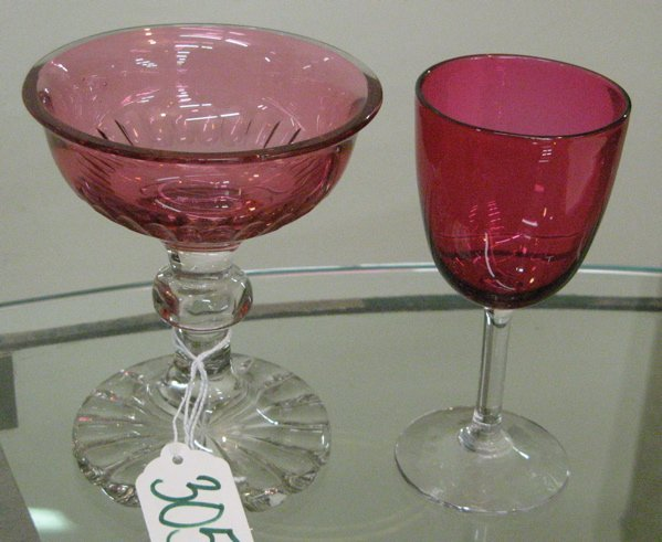 305: TWO CRANBERRY AND CLEAR DRINKS SETS, 14 pieces.  O