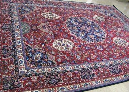 199: FINE ORIENTAL SILK AND WOOL CARPET, Persian Kashan
