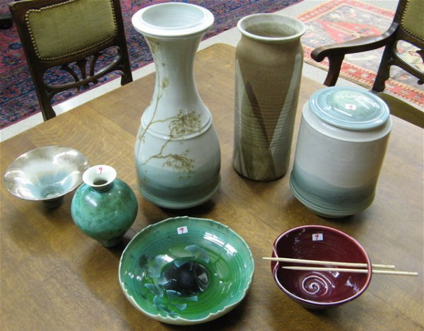 9: COLLECTION OF SEVEN AMERICAN HANDMADE ART  POTTERY: