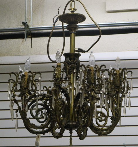 319: LOUIS XV STYLE EIGHT-LIGHT CHANDELIER, of metal  c