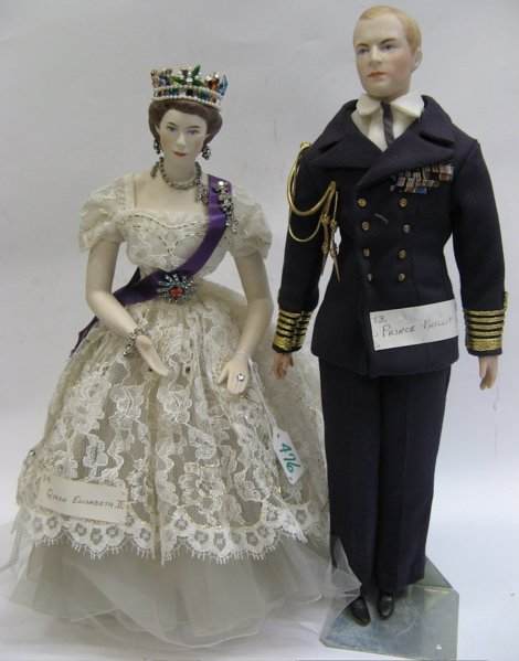 476: PAIR OF GRACE LATHROP PARIAN CHARACTER DOLLS