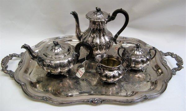 17: COMMUNITY SILVER PLATED TEA/COFFEE SERVICE, 5  piec