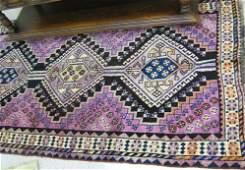 274 PERSIAN SHIRAZ AREA RUG three geometric  medallio