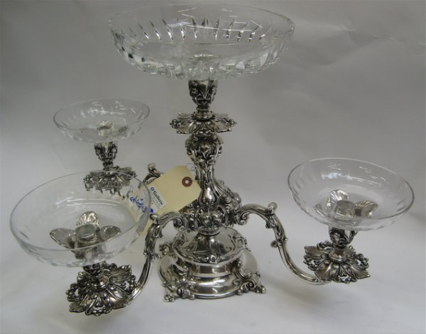 603: ORNATE SILVER-PLATED CONVERTIBLE CENTER SERVER
