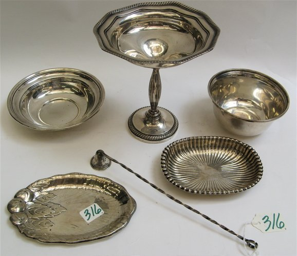 316: GROUP OF SIX ARTICLES OF STERLING SILVER: compote