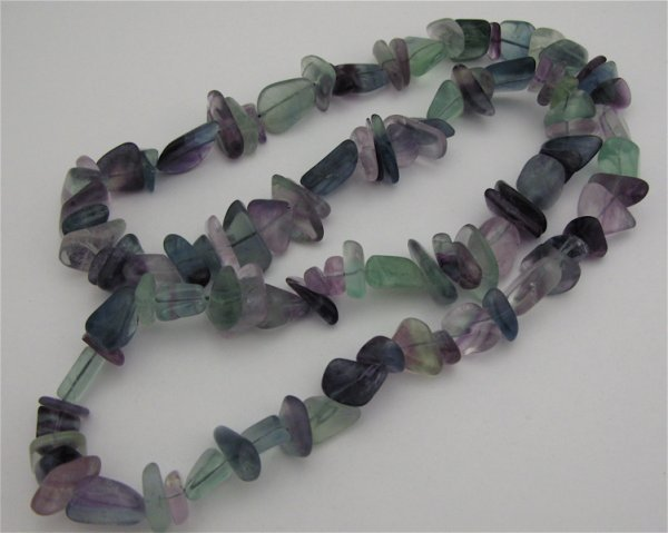 321: MULTI-COLOR TOURMALINE NECKLACE, strung with 103 b