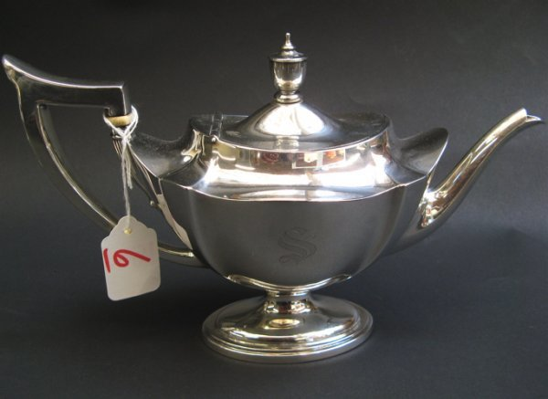 6: GORHAM STERLING SILVER TEAPOT, Aladdin lamp-shape in