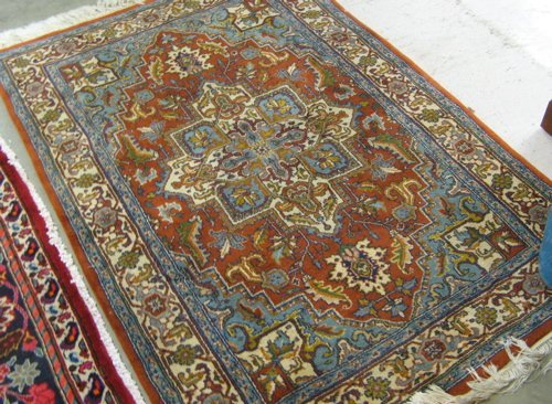 308: HAND KNOTTED ORIENTAL AREA RUG, Indo-Heriz,  centr