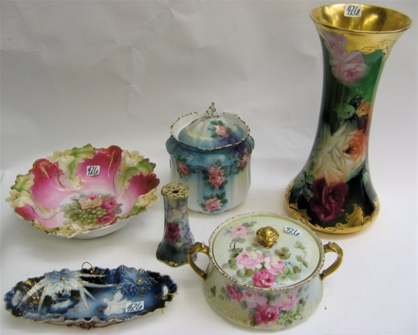 426: GROUP OF SIX FLORAL DECORATED PORCELAINS: French D