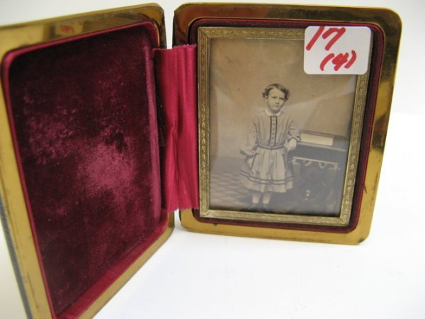 17: FOUR TIN TYPES AND/OR AMBROTYPES: large image of yo
