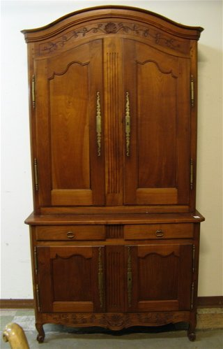 483: PROVINCIAL STYLE WALNUT SIDE CABINET, French,  20t