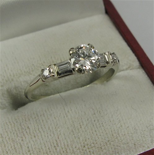 618: DIAMOND AND 14K WHITE GOLD RING WITH APPRAISAL,  c