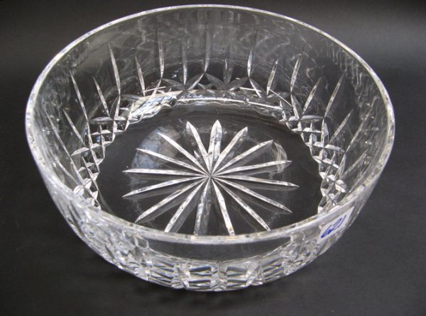 621: IRISH WATERFORD CUT CRYSTAL FRUIT BOWL, with  alte