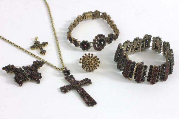 27: SIX PIECES RED GARNET CZECHOSLOVAKIAN JEWELRY:  but