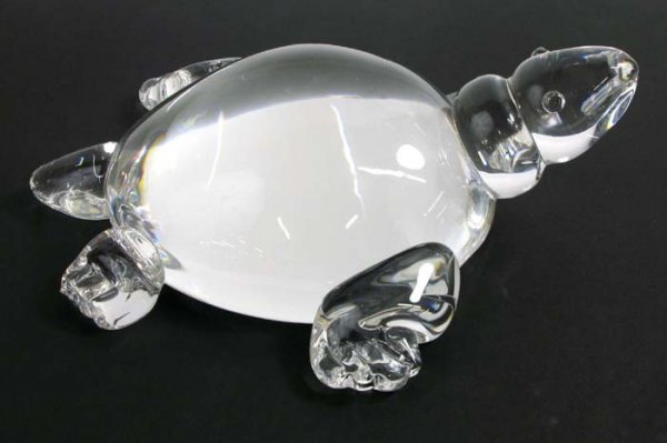 33: STEUBEN TURTLE in clear glass, fire polished,  head