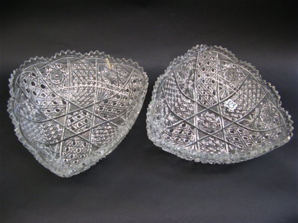 323: PAIR OF SIGNED CLEAR CUT CRYSTAL BOWLS,  triangula