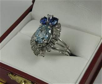 520: AQUA, SAPPHIRE, DIAMOND AND PLATINUM RING, set  wi