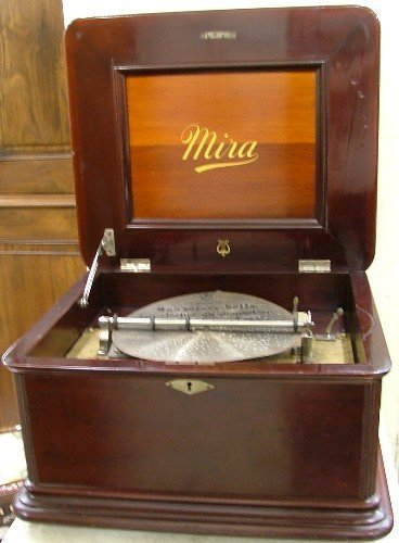 623: MIRA DISC MUSIC BOX WITH DISCS, Mermod Freres,  St