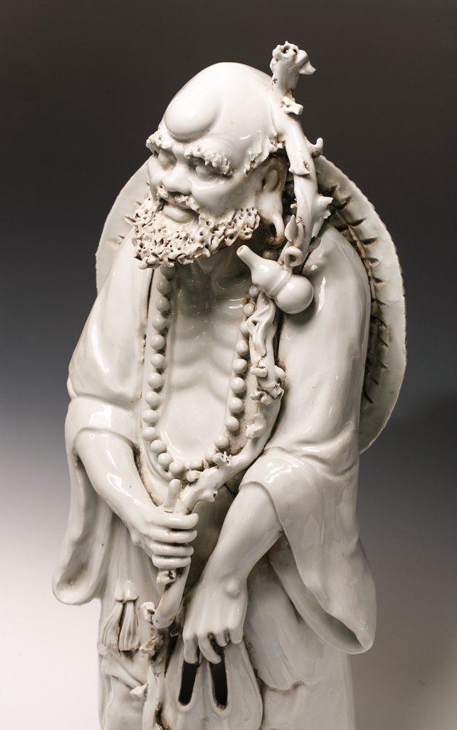 Large Blanc de Chine Dehua Luohan Sculpture - 3