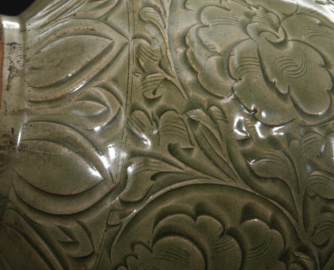 Large Yaochou Carved Yuhuchuan Vase - 10