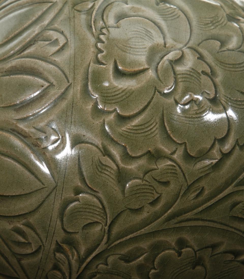 Large Yaochou Carved Yuhuchuan Vase - 9