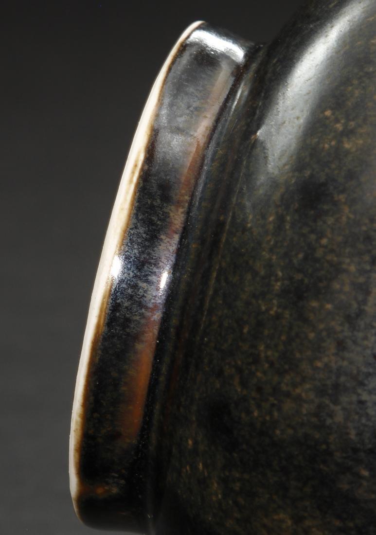 Black Ding 'Yuhuchuan' Vase, Northern Sung - 10