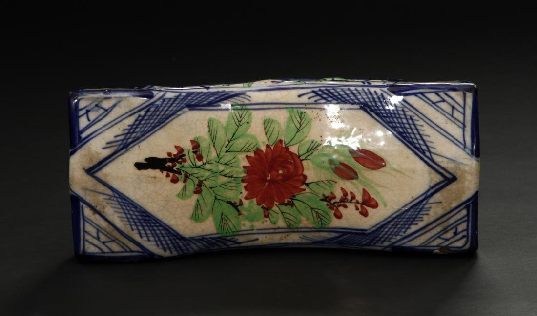 Early Qing Porcelain Pillow - 4