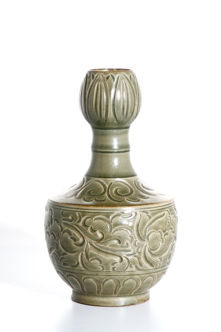 Chinese Yaozhou Carved Garlic-Mouth Vase - 2