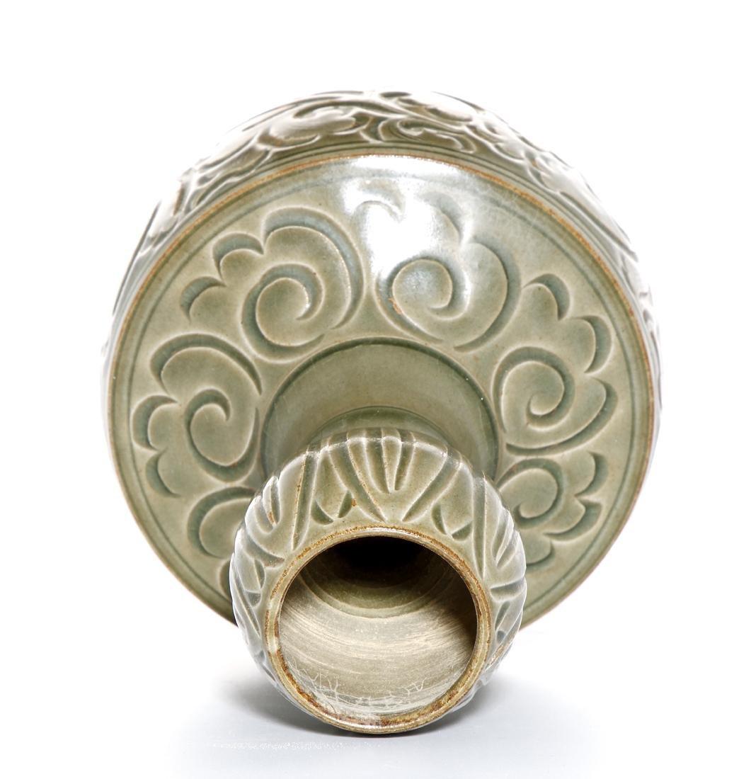 Chinese Yaozhou Carved Garlic-Mouth Vase - 5