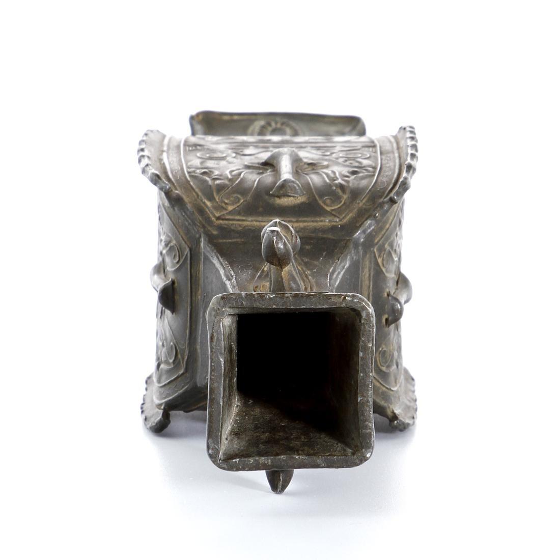 Chinese Bronze Quadrangular Hu-Form Vase - 6