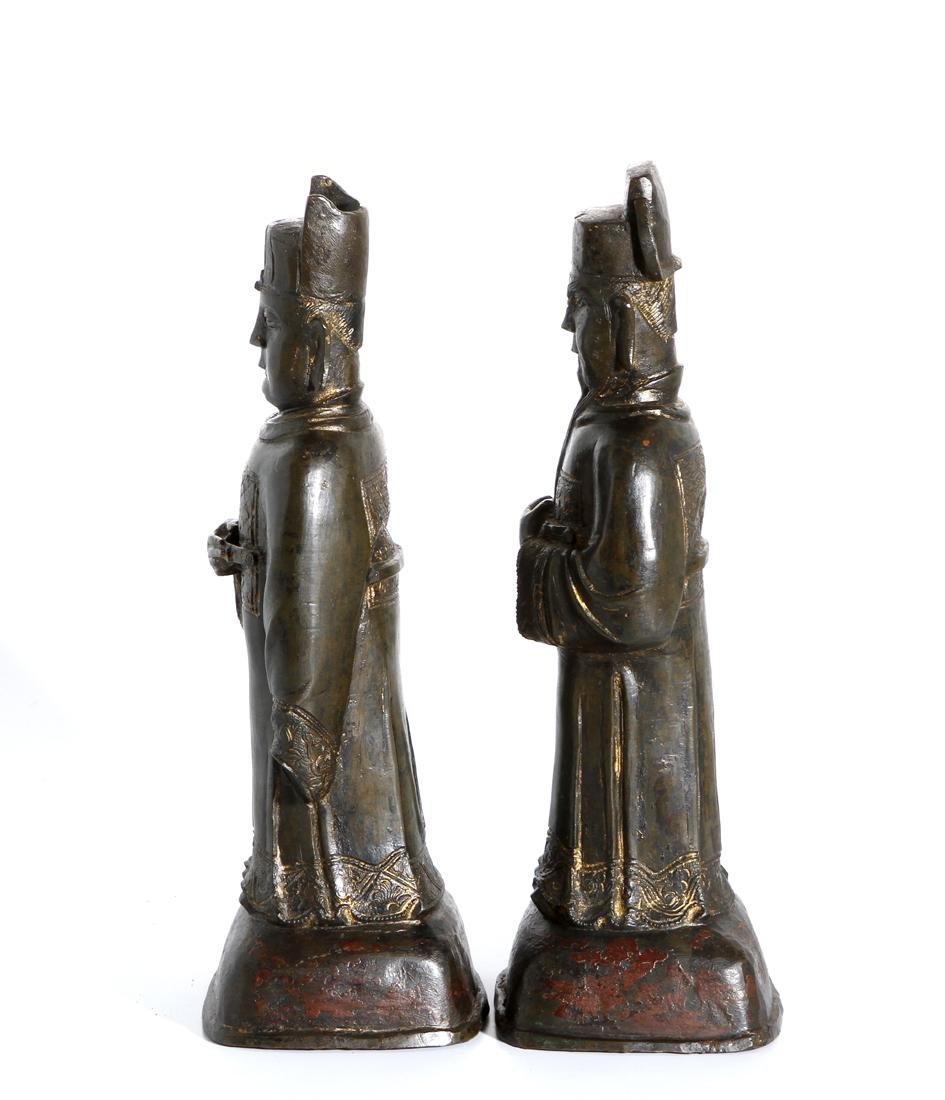 Two Chinese Bronze Figures of Officials - 2