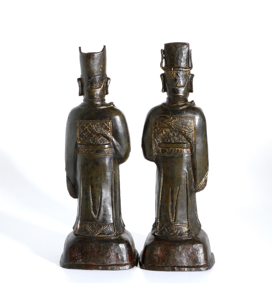 Two Chinese Bronze Figures of Officials - 3