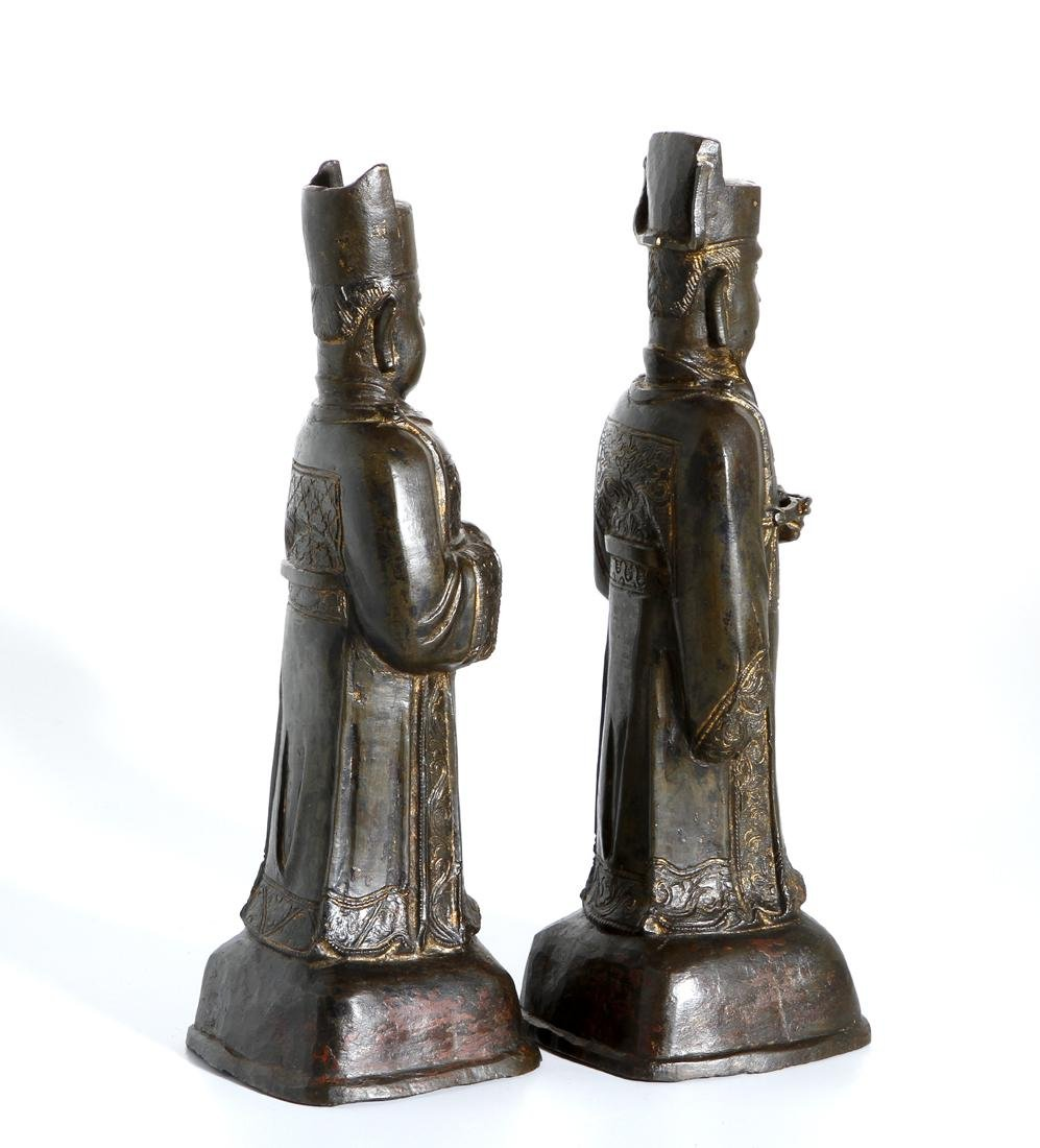 Two Chinese Bronze Figures of Officials - 4