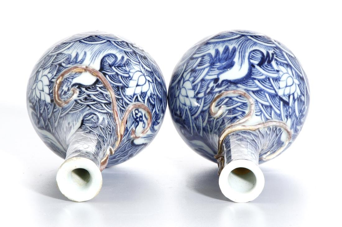 Pair of Chinese Blue and White Vases - 4
