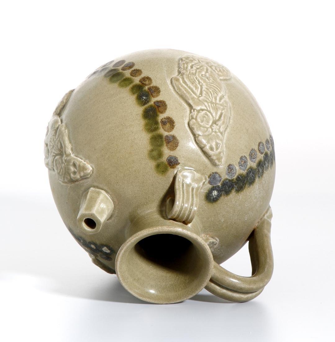 Chinese 'Changsha' Celadon-Glazed Ewer - 4