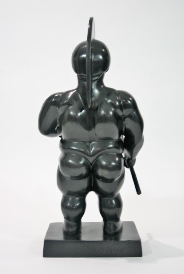 Bronze sculpture, signed Botero. - 3
