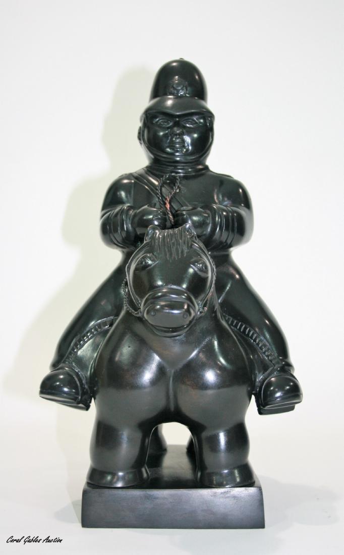 Bronze sculpture, signed Botero.