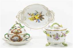 Three Continental porcelain articles