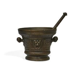 Italian Baroque bronze mortar and pestle