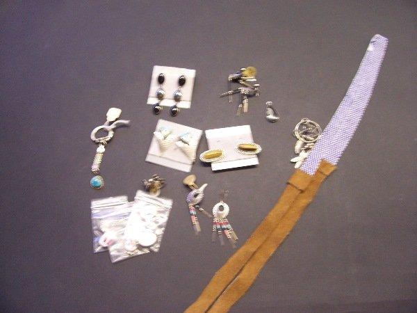 402: assortment of native american jewelry earrings hea