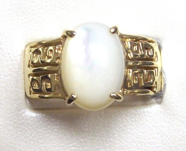 312: 14K MOTHER-OF-PEARL GREEK KEY BAND