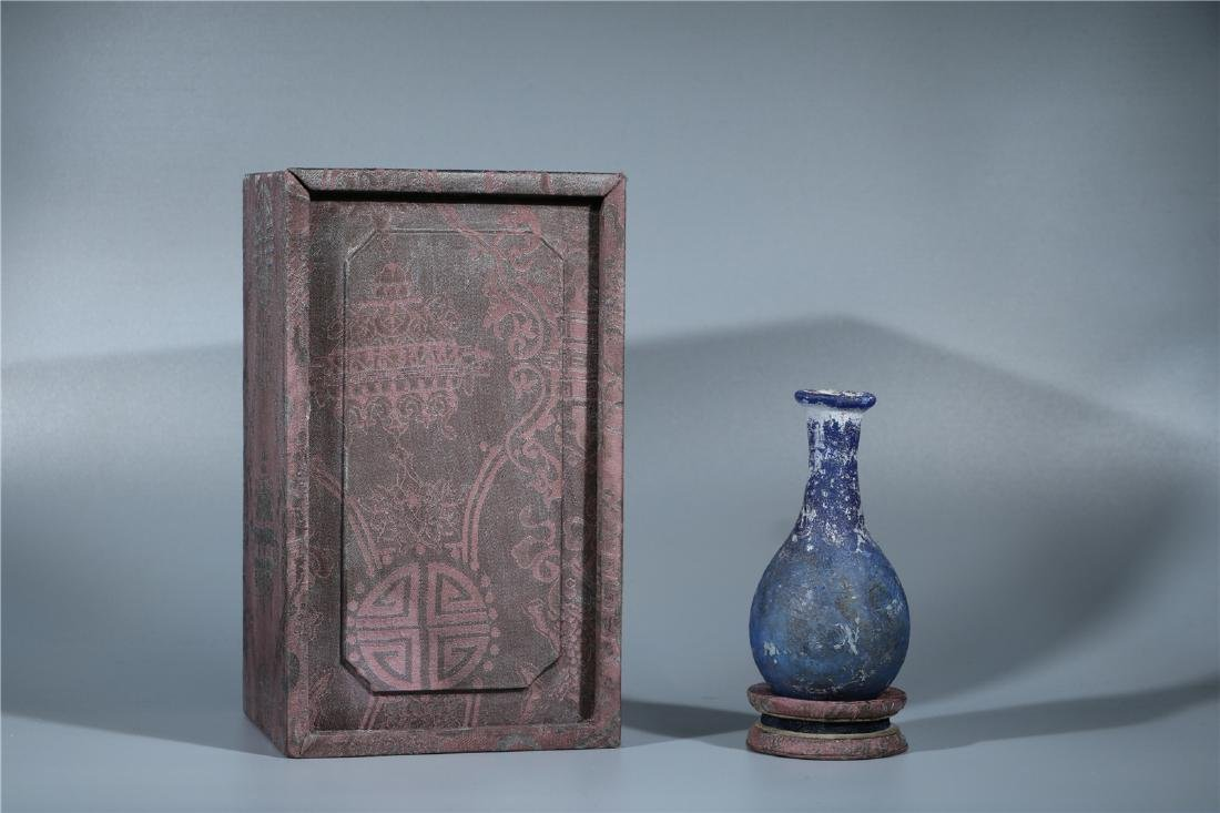A BLUE PEKING GLASS VASE, PROBABLY HAN DYNASTY - 9