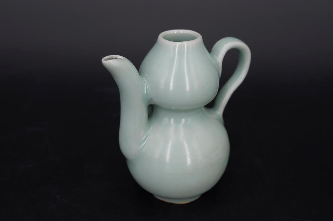 A CHINESE LONGQUAN CELADON WATER DROPPER, SONG DYNASTY - 2
