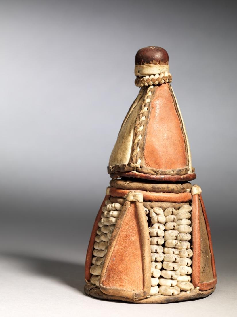 Pyramid shaped Yoruba box Tribal Art - 2